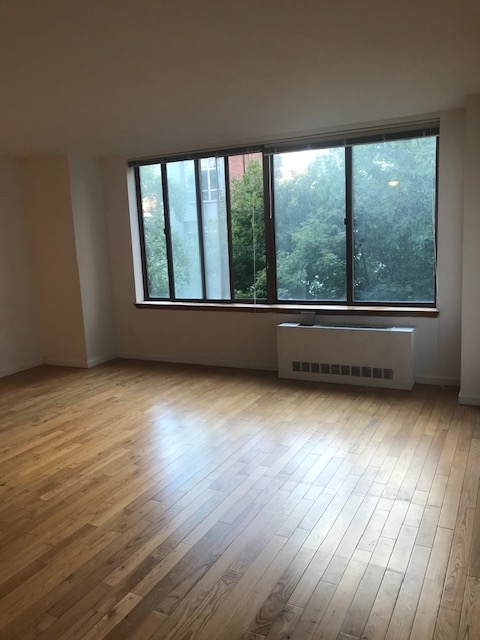Studio, Upper West Side Rental in NYC for $2,555 - Photo 2