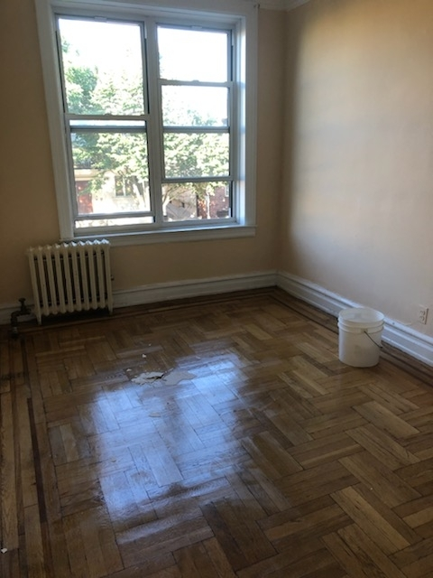 2 Bedrooms, Mapleton Rental in NYC for $1,650 - Photo 2