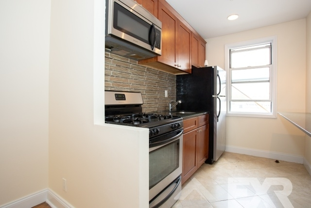 3 Bedrooms, Wingate Rental in NYC for $2,688 - Photo 2