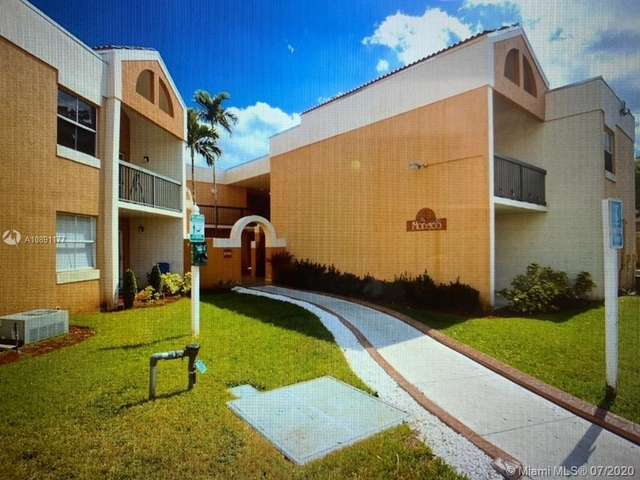 2 Bedrooms, Mediterranean at The Moors Rental in Miami, FL for $1,550 - Photo 2