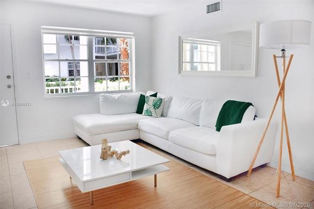 2 Bedrooms, Village of Key Biscayne Rental in Miami, FL for $3,200 - Photo 1