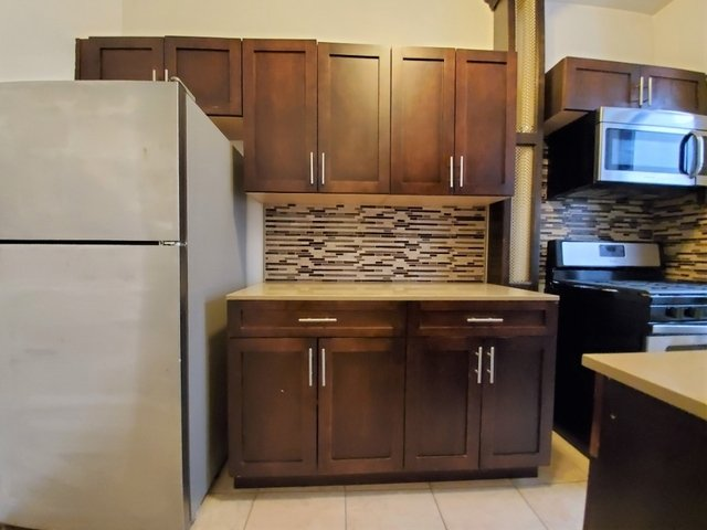 2 Bedrooms, Astoria Rental in NYC for $2,495 - Photo 2