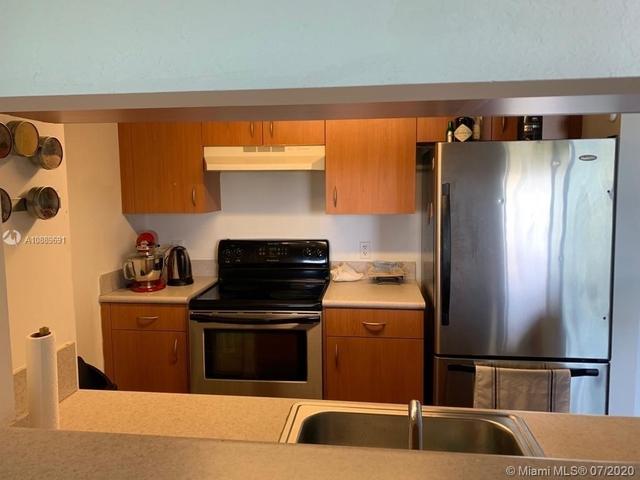 2 Bedrooms, Spring Garden Corr Rental in Miami, FL for $1,650 - Photo 1