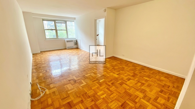 Studio, Yorkville Rental in NYC for $2,733 - Photo 2