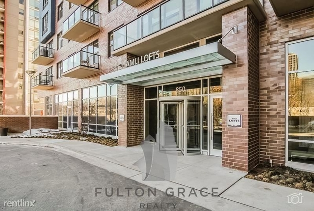 1 Bedroom, Dearborn Park Rental in Chicago, IL for $2,192 - Photo 2