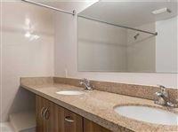 2 Bedrooms, Shorelawn Rental in Miami, FL for $2,300 - Photo 2