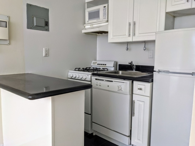 Studio, Yorkville Rental in NYC for $1,856 - Photo 2