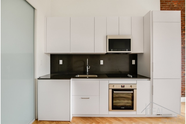 1 Bedroom, South Slope Rental in NYC for $2,575 - Photo 2