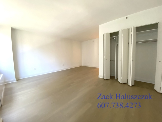 Studio, Rose Hill Rental in NYC for $2,640 - Photo 2