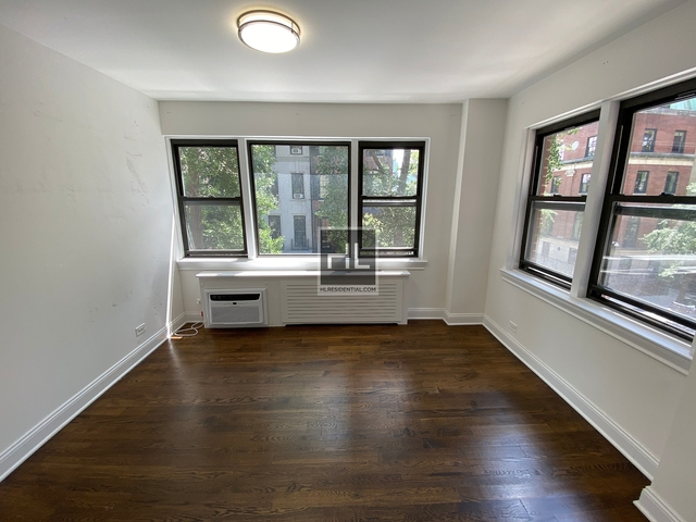 2 Bedrooms, Turtle Bay Rental in NYC for $5,443 - Photo 2