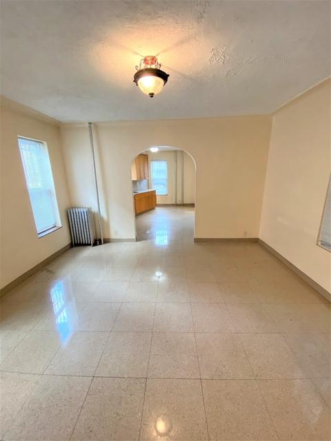 2 Bedrooms, Astoria Rental in NYC for $2,400 - Photo 1