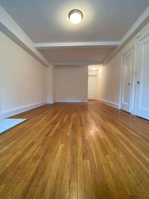 Studio, Gramercy Park Rental in NYC for $2,337 - Photo 2