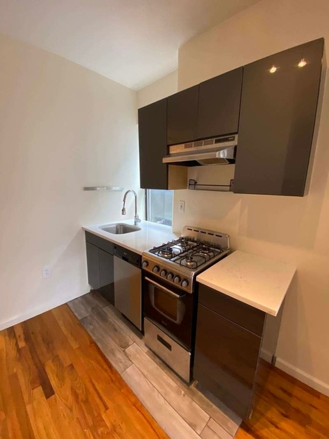 3 Bedrooms, Alphabet City Rental in NYC for $3,295 - Photo 2