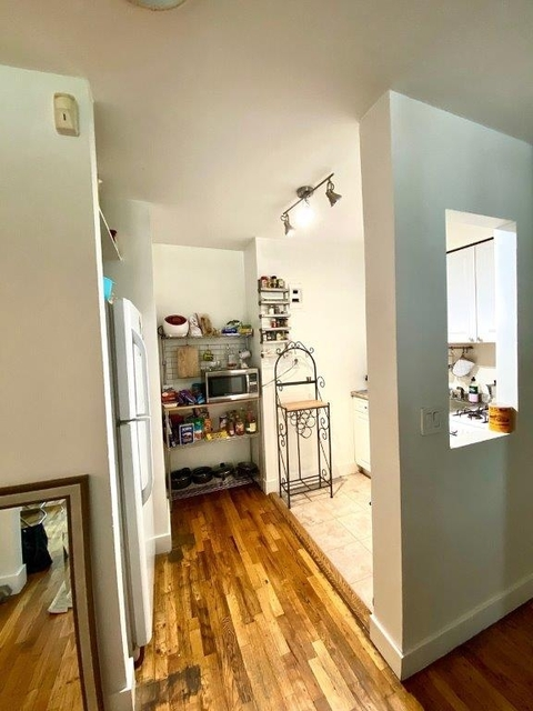 1 Bedroom, Rose Hill Rental in NYC for $2,750 - Photo 2