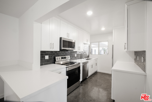 2 Bedrooms, North of Montana Rental in Los Angeles, CA for $4,450 - Photo 1