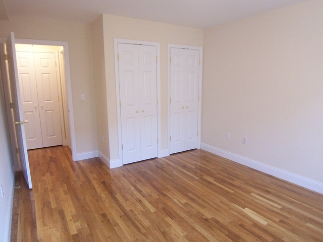 1 Bedroom, Inwood Rental in NYC for $2,100 - Photo 2