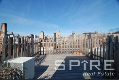 2 Bedrooms, Alphabet City Rental in NYC for $5,496 - Photo 1