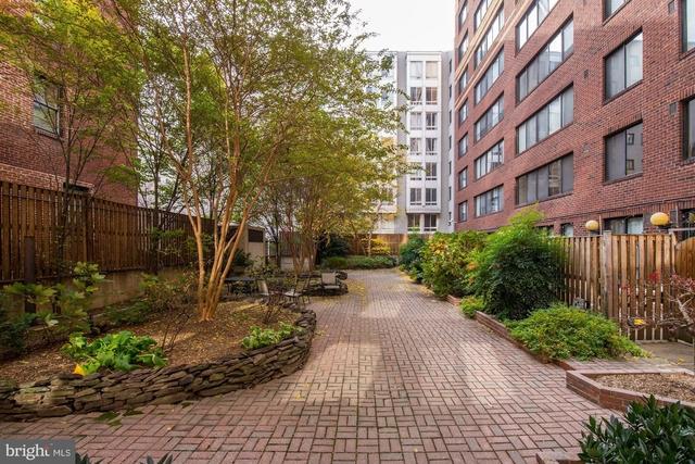 2 Bedrooms, Logan Circle - Shaw Rental in Washington, DC for $3,300 - Photo 2