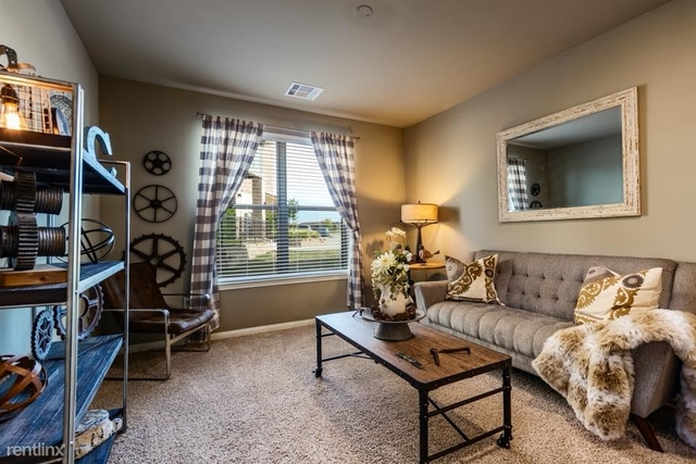 1 Bedroom, New Castle at Town Plaza Condominiums Rental in Houston for $1,030 - Photo 2