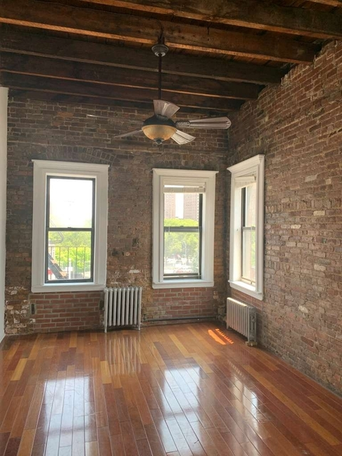 1 Bedroom, East Williamsburg Rental in NYC for $2,299 - Photo 2