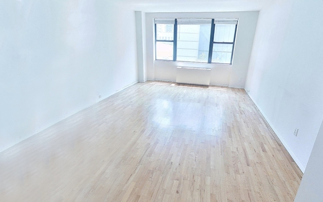 Studio, Yorkville Rental in NYC for $2,155 - Photo 2
