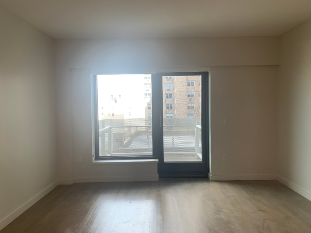 1 Bedroom, Yorkville Rental in NYC for $3,634 - Photo 2
