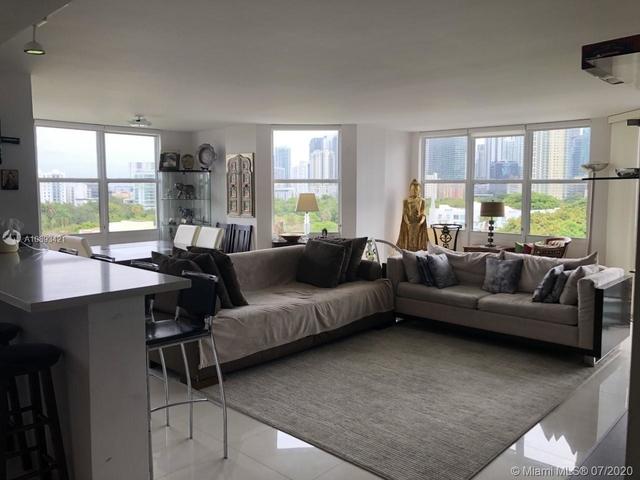 3 Bedrooms, Millionaire's Row Rental in Miami, FL for $4,250 - Photo 1
