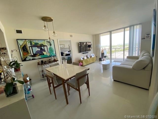 2 Bedrooms, Aventura Rental in Miami, FL for $2,450 - Photo 1