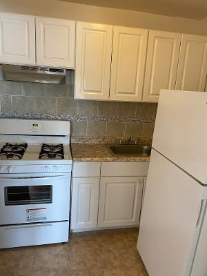 4 Bedrooms, Wakefield Rental in NYC for $2,500 - Photo 2