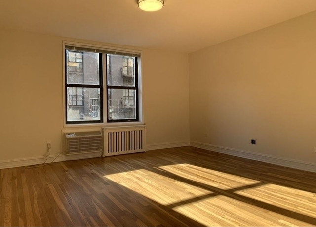 Studio, Chelsea Rental in NYC for $2,562 - Photo 2