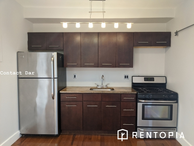 1 Bedroom, Williamsburg Rental in NYC for $3,833 - Photo 2