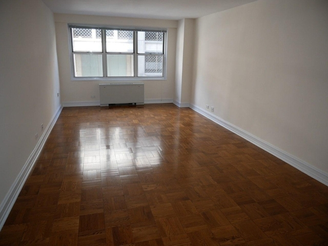 1 Bedroom, Theater District Rental in NYC for $2,765 - Photo 1