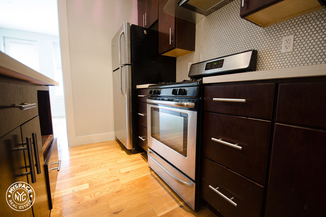 3 Bedrooms, Bushwick Rental in NYC for $2,917 - Photo 2