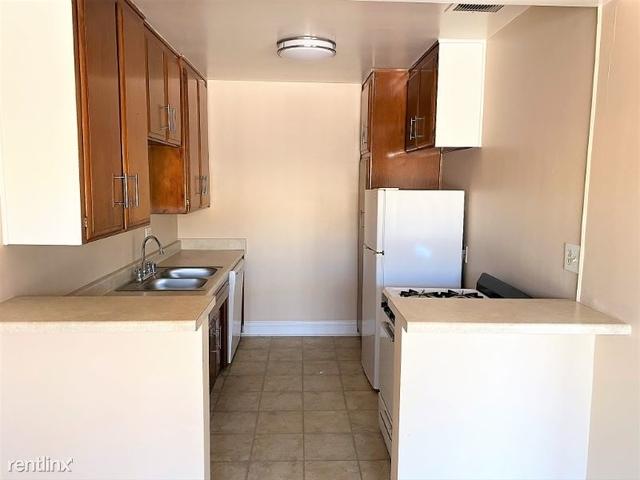 1 Bedroom, Westside Costa Mesa Rental in Los Angeles, CA for $1,695 - Photo 2
