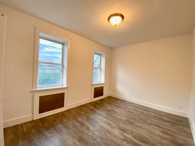 2 Bedrooms, Wingate Rental in NYC for $2,395 - Photo 2