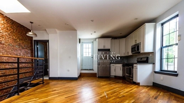 2 Bedrooms, Crown Heights Rental in NYC for $2,550 - Photo 1