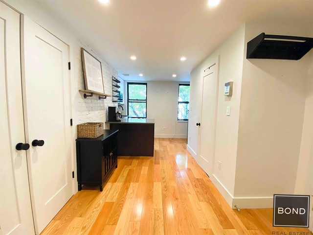 1 Bedroom, East Village Rental in NYC for $1,999 - Photo 1