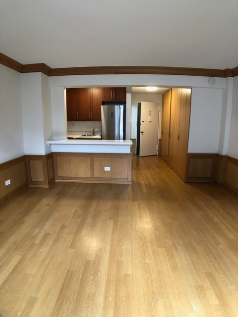 Studio, Chelsea Rental in NYC for $2,429 - Photo 2