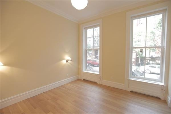 3 Bedrooms, East Village Rental in NYC for $11,500 - Photo 2
