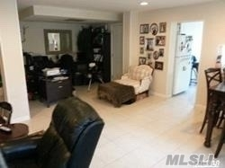 2 Bedrooms, Roslyn Rental in Long Island, NY for $3,200 - Photo 2