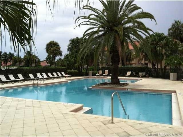 2 Bedrooms, Holiday Springs Village Rental in Miami, FL for $1,350 - Photo 2
