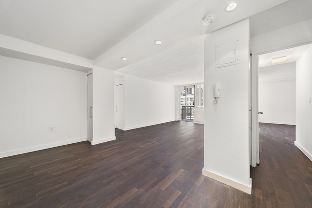3 Bedrooms, Rose Hill Rental in NYC for $4,331 - Photo 2
