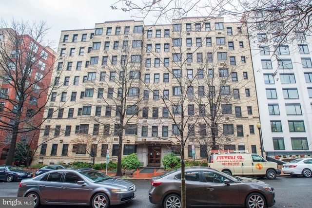 Studio, West End Rental in Washington, DC for $1,700 - Photo 1