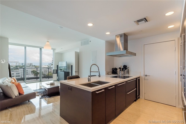 1 Bedroom, West Avenue Rental in Miami, FL for $3,500 - Photo 2