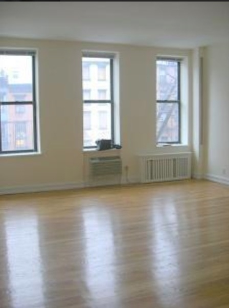 Studio, East Village Rental in NYC for $2,600 - Photo 1
