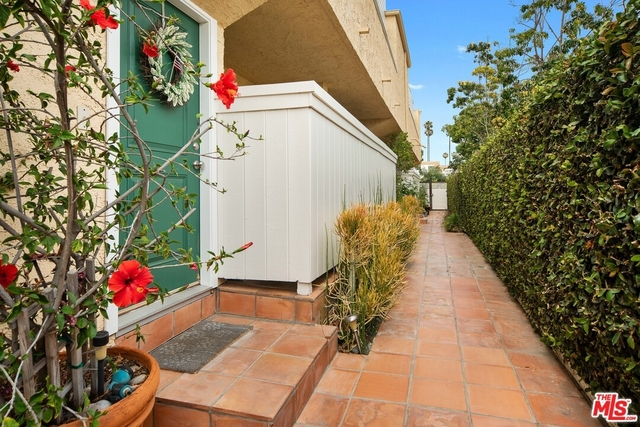 2 Bedrooms, Mid-City Rental in Los Angeles, CA for $5,400 - Photo 2