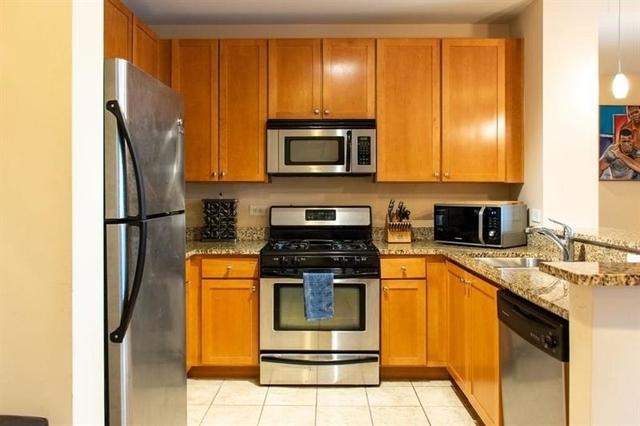 2 Bedrooms, Georgia State University Rental in Atlanta, GA for $2,000 - Photo 2