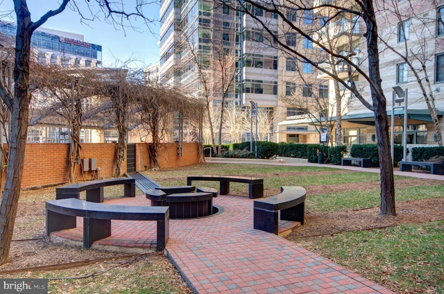 1 Bedroom, Ballston - Virginia Square Rental in Washington, DC for $1,800 - Photo 2