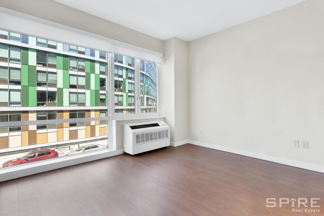 Studio, Williamsburg Rental in NYC for $2,400 - Photo 2