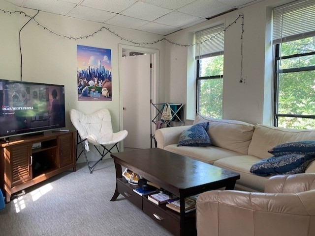 3 Bedrooms, Waterfront Rental in Boston, MA for $3,000 - Photo 1